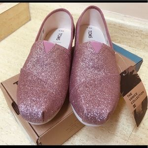 Womens Toms Rose Glow Iridescent Glitter Shoes